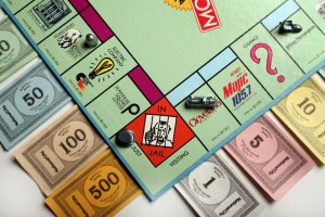 monopoly-game-boardjpg-8628f916002139a1