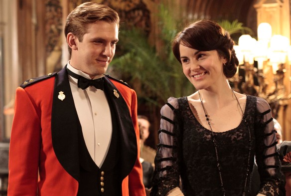 Multiple Emmy® winner (including Best Miniseries!) Downton Abbey resumes the story of aristocrats and servants in the tumultuous World War I era. The international hit is written by Julian Fellowes and stars Dame Maggie Smith, Elizabeth McGovern, Hugh Bonneville, plus a drawing room full of new actors, portraying the loves, feuds, and sacrifices of a glittering culture thrown into crisis. Downton Abbey Season 2 - Episode 1 January 8, 2012 at 9pm ET on PBS Matthew and Mary take up the cause for England as World War I rages. Shown from L-R: Dan Stevens as Matthew Crawley and Michelle Dockery as Lady Mary Credit: (C) 2011 Nick Briggs/ITV for MASTERPIECE Usage: This image may be used only in the direct promotion of MASTERPIECE CLASSIC. No other rights are granted. All rights are reserved. Editorial use only.