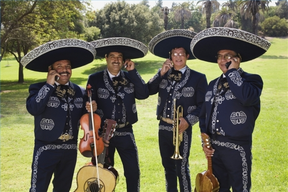 hire-mariachi-band-800X800